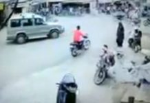 gujarat-news/saurasthra-kutch/car-drives-crushed-bike-in-gir-somnath-./