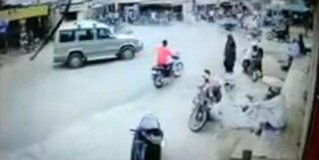gujarat-news/saurasthra-kutch/car-drives-crushed-bike-in-gir-somnath-./