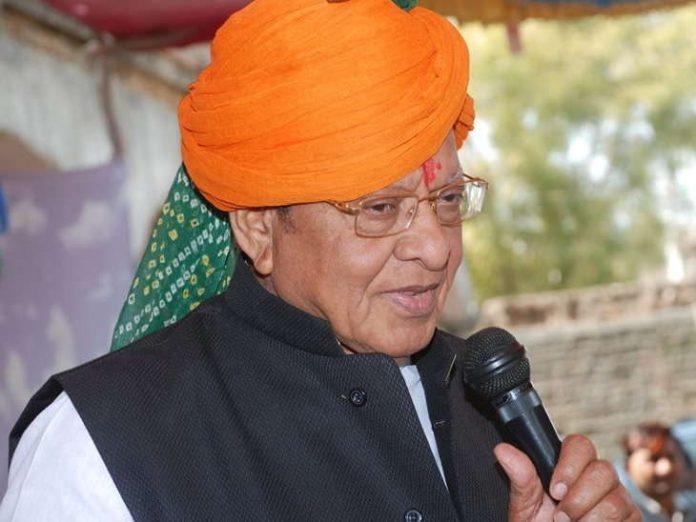 news/MGUJ-GAN-OMC-LCL-shankarsinh-vaghela-meeting-with-supporter-at-his-home-in-gandhinagar-gujarati-news
