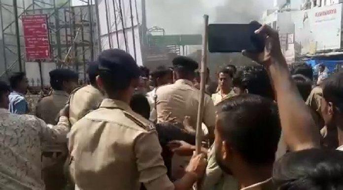 .news/UGUJ-BSK-OMC-LCL-clashes-between-police-merchant-in-ambaji-due-to-plastic-prohibited-gujarati-new