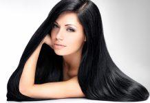 આજની ફાસ્ટ અને ખરાબ જીવનશૈલીને કારણે વાળની અનેક સમસ્યાઓથી કોઈપણ સ્ત્રી અળગી રહી નથી. અત્યારે 10માંથી 9 સ્ત્રીઓને કોઈને કોઈ રીતે વાળની સમસ્યાઓ પજવી રહી છે. સામાન્ય રીતે દર મહિને વાળની લંબાઈ લગભગ 1.25 સેમી. વધે છે. પરંતુ જો તમારા વાળ ન વધી રહ્યા હોય કે વાળની કેટલીક સમસ્યાઓને કારણે વાળ લાંબા થતાં અટકી રહ્યા હોય તો આજે અમે તમને એવી પ્રાકૃતિક વસ્તુઓ વિશે જણાવીશું જે ખાસ વાળ માટે જ છે અને વાળ માટે વરદાન સમાન પણ છે. તો ચાલો આજે જાણી લો જૈતુનનું તેલઓલિવ ઓઇલનો પ્રયોગ ધણી રીતે કરવામાં આવે છે. વાળ માટે તે એક યોગ્ય વિકલ્પ છે. તે વાળને જડમૂળથી મજબૂત બનાવીને સ્વસ્થ રાખે છે. જૈતુનનું તેલ એક સારું કંડિશનર પણ છે. જેથી વાળ ઝડપથી વધે છે અને ખરતાં વાળને રોકી શકાય છે. ઓલિવને એક કલાકમાં વાળમાં લગાવી માલિશ કરો. થોડાક દિવસ આ રીતે જૈતુનના તેલથી માલિશ કરવાથી વાળની દરેક સમસ્યાથી છૂટકારો મળી શકે છે. નારિયેલ તેલવાળમાં તેલ મસાજ વાળને લાંબા કરવા માટે બેસ્ટ કુદરતી ઉપાય છે. મસાજ કરતા પહેલા તેલને નવશેકુ ગરમ કર્યા બાદ વાળમાં મસાજ કરો. મસાજ કરવાથી માથામાં રક્ત સંચારમાં સુધારો આવ છે, જેથી વાળને પોષણ મળે છે. જેની સાથે જ વાળ મજબૂત અને ભરાવદાર થાય છે. જેના માટે નારિયેળ કેવનો ઉપયોગ કરી શકાય છે. સ્નાન કરતા પહેલા નવશેકા પાણીથી માથામાં તેલની માલિશ કરો. અડધો કલાક આ રીતે તેલ લગાવ્યા બાદ તેને બરાબર ધોઇ લો. અઠવાડિયામાં એક વાર ઓઇલ મસાજ કરવું જરૂરી છે. નારિયેલનું તેલ વાળ માટે ખૂબ લાભદાયી છે.બદામનું તેલવાળમાંથી ખોડો અને શુષ્કતા દૂર કરવા માટે બદામના તેલથી માલિશ કરવી જોઇએ. તે સિવાય બદામના તેલથી માલિશ કરવાથી બરછટ વાળની સમસ્યાથી છૂટકારો મળે છે. બદામના તેલથી વાળ કાળા, લાંબા અને ચમકદાર બને છે. બદામનું તેલ એક કંડીશનરના રૂપમાં કામ કરે છે. તલનું તેલતલના તેલમાં પૂરતા પ્રમાણમાં વિટામીન ઇ,બી કોમ્પ્લેક્ષ, કેલ્શિયમ, મેગ્નેશ્યિમ, ફોસ્ફરસ અને પ્રોટીન રહેલા છે. તલનું તેલ વાળથી જોડાયેલી દરેક સમસ્યાનું સમાધાન છે. જે વાળને અંદરની પોષણ આપીને તેને મજબૂત બનાવવાનું કામ કરે છે. તેમજ માથામાં ખોડાની સમસ્યા સહિત જુઓ દૂર કરવા માટે તલના તેલનો ઉપયોગ કરી શકો છો.